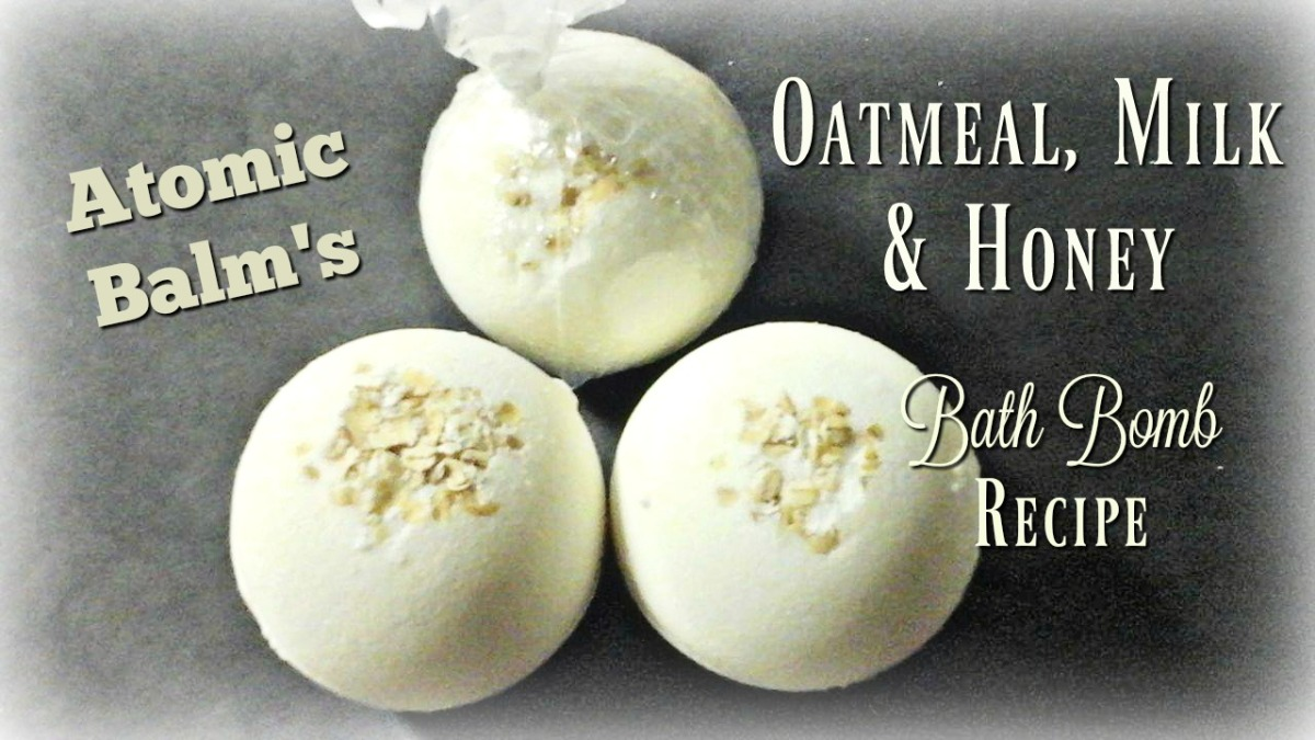 Oatmeal, Milk & Honey Bath Bomb - Atomic Balm
